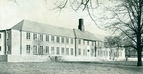 image of the original east barnet school building